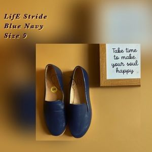 Life Stride Size 9